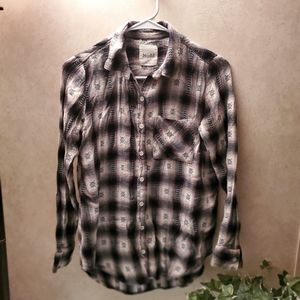 Mudd flannel Size Small Button Up Shirt